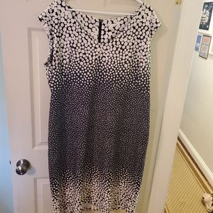 Cato black & White bubble dress 22/24